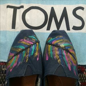 Toms Peacock Print Shoes